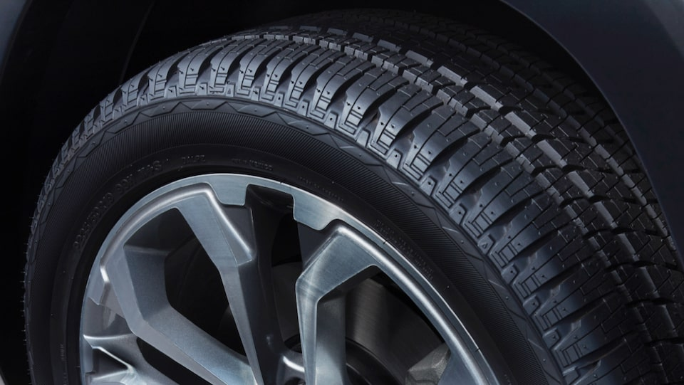 Find the right tire for your GM vehicle with My Certified Service